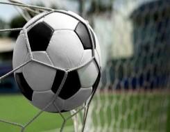 المغرب اليوم - لاعبو الرجاء يهددون بمقاطعة مباراة روما الودية