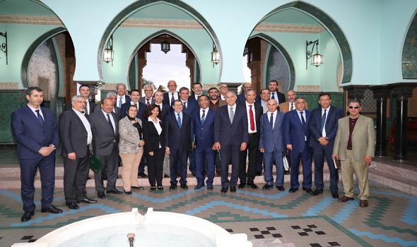 المغرب اليوم - عزيز أخنوش يوجه الدعوة إلى حزب العدالة والتنمية في مشاورات تشكيل الحكومة