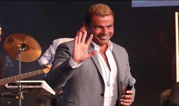 حضور جماهيري كبير في حفل عمرو دياب في العلمين الجديدة