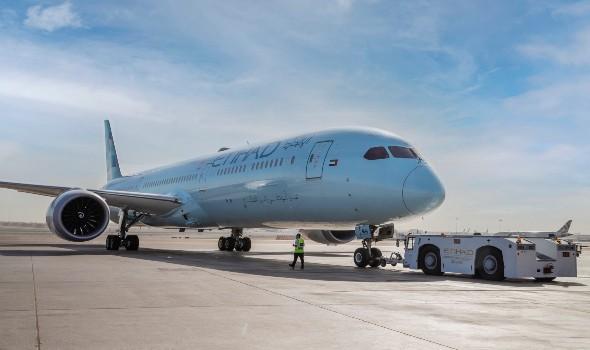"""""""طيران الإمارات"""" تسمح بأوزان أمتعة إضافية للمسافرين إلى لبنان"""