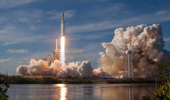 سبايس إكس تستعد لإطلاق أوّل رحلة سياحية إلى الفضاء طاقمها بالكامل من المدنيّين