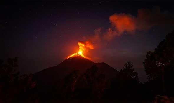 تفاصيل توضح حقيقية وصول الانبعاثات الغازية السامة من بركان لابالما إلى المغرب