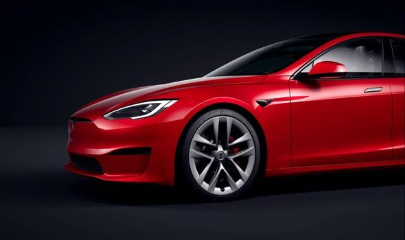 """""""تيسلا"""" تحصد لقب أسرع سيارة كهربائية"""