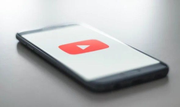 """مغني الراب عبد العليم بن رابح يطلق أغنية """"فيروز""""  عبر يوتيوب"""
