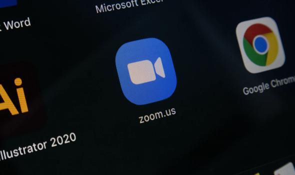 زووم تخطط لإضافة خدمات النسخ المباشر لتحويل الكلام إلى نصوص