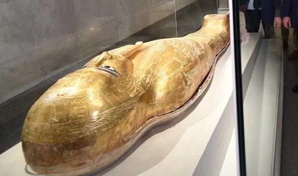 """تابوت فرعوني خاص بالكاهن """"بسماتيك"""" يُعرض بجناح مصر في """"إكسبو دبي 2020"""""""