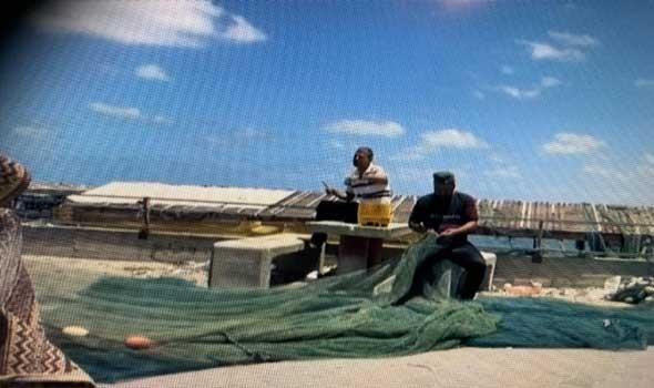 إسرائيل تخفف الإجراءات في منافذ غزة وتسمح بالصيد البحري