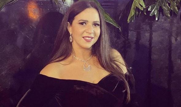 المغرب اليوم - إيمي سمير غانم توجه رسالة مؤثرة لوالدتها دلال عبد العزيز