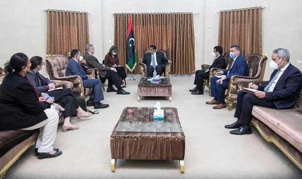 المغرب اليوم - الطاهر السني ممثل ليبيا في الأمم المتحدة يشيد بدور المغرب