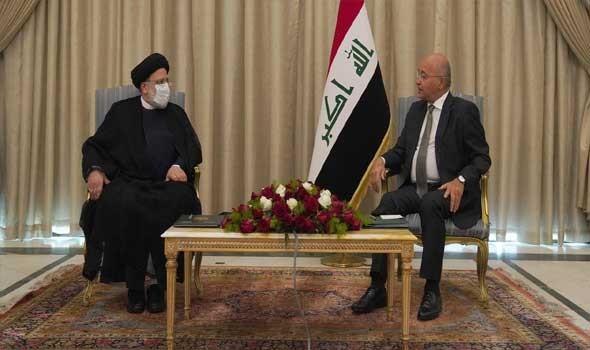 الرئيس الإيراني يعين محسن رضائي نائبا له للشؤون الاقتصادية