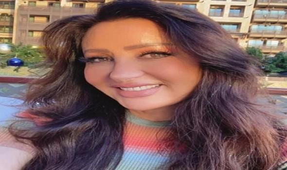"""لطيفة التونسية تفاجئ جمهورها وتطلق أغنية بعنوان """"الأستاذ"""""""