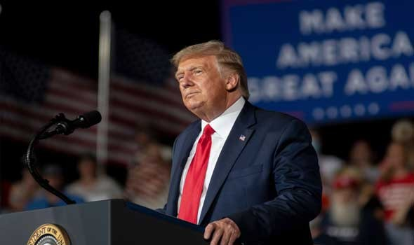 ترامب يدعو جو بايدن للاستقالة على خلفية الوضع في أفغانستان