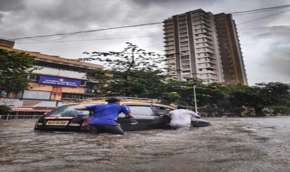 فيضانات تايلاند تؤدي الى مقتل 6 أشخاص وتدمير 70 ألف منزل