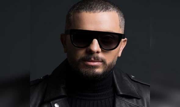الفنان المغربي حاتم عمور يحيي حفلاً بهيجاً في دبي