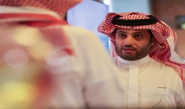 آل الشيخ يعلن إقامة مباراة تاريخية في السعودية تكريما لمارادونا تجمع فريقين عريقين