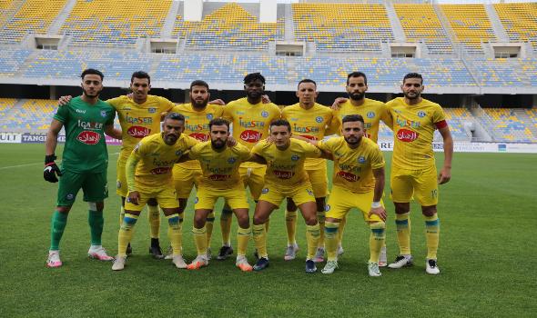 المغرب اليوم - فريق اتحاد طنجة يواصل استعداداته في ملعب الزياتن