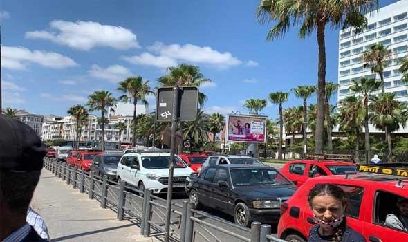 المغرب اليوم - مهنيون يلتمسون رفع عدد ركاب