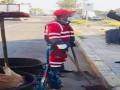 المغرب اليوم - شاب مراكشي يطلق مقاولة لتنظيف المنازل بطريقة احترافية