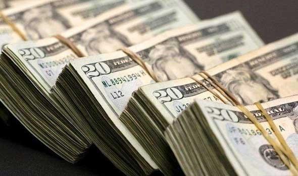 أغنى رجل في الدنمارك يُفاجئ 17 ألف موظف بصرف مكافأة تُعادل راتب شهر