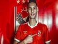 المغرب اليوم - اللاعب المغربي بدر بانون يلتحق بتدريبات الاهلي المصري