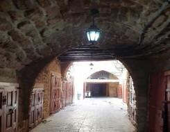 المغرب اليوم - قلعة بعلبك من مقصد للسياحة إلى مقصد للسرقة