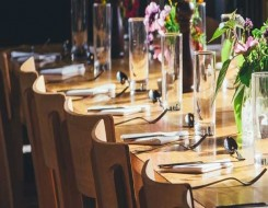 المغرب اليوم - أسس ترتيب المائدة الرسمية حسب الإتيكيت