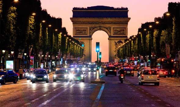 مظاهرات في كل أنحاء فرنسا للمطالبة بتحسين الحد الأدنى للأجور