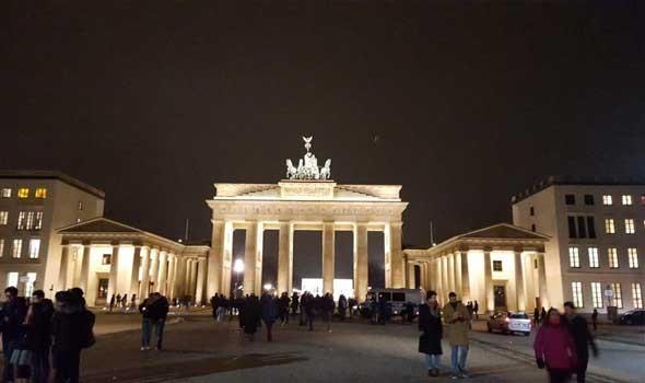 إدريس لشكر يأمل في تطوير العلاقات مع الحكومة الألمانية