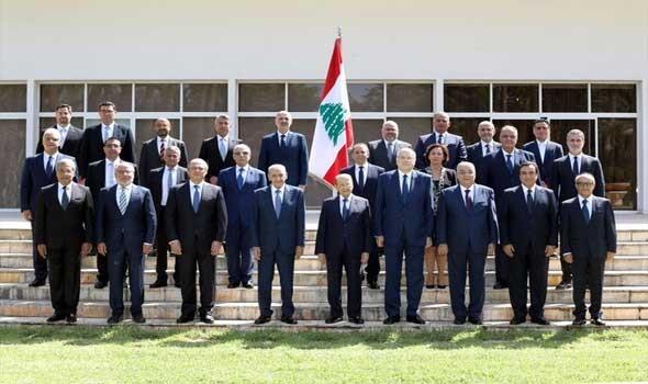 الحكومة اللبنانية الجديدة تعقد جلستها الأولى وعون يدعو الوزراء للتقليل من الكلام والاكثار من العمل