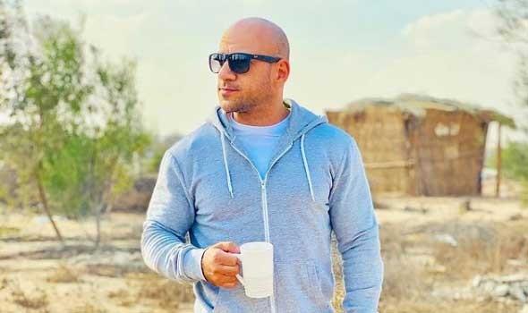 المغرب اليوم - أحمد مكي يكشف عن مشكلة من طفولته بفيديو من كواليس
