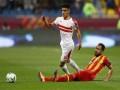 المغرب اليوم - أشرف بن شرقي يرفض الزواج بفتاة مصرية