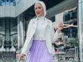 المغرب اليوم - أفكار متنوعة لتنسيق التوب الأبيض مع التنانير للمحجبات