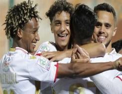 المغرب اليوم - الرجاء يُجري حصته التدريبية ما قبل الأخيرة استعداداً لمنازلة أويلزر