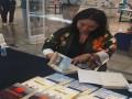 المغرب اليوم - الأديبة السورية شهلا العجيلي توقّع كتابها صيف مع العدو في مكة مول
